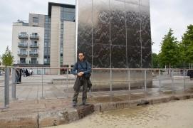 Cardiff Bay - Fontana con accesso al Torchwood ed io