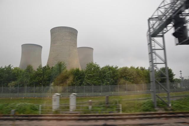 Centrale elettrica sul percorso Londra - Cardiff