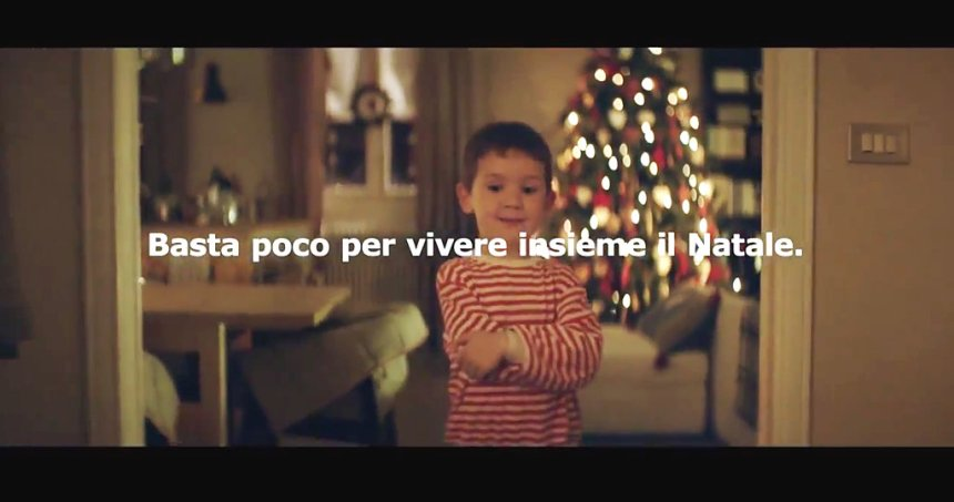 Immagine tratta dallo spot natalizio 2013 dell'IKEA