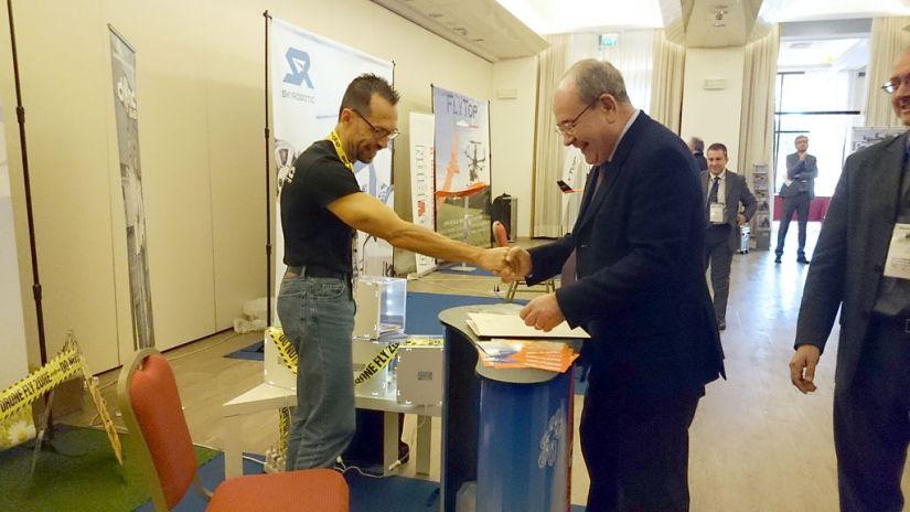 Io, durante l'incontro con l'Onorevole Giacomelli, anche lui pratese come me.