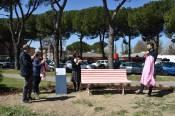 Inaugurazione panchina rosa a Prato